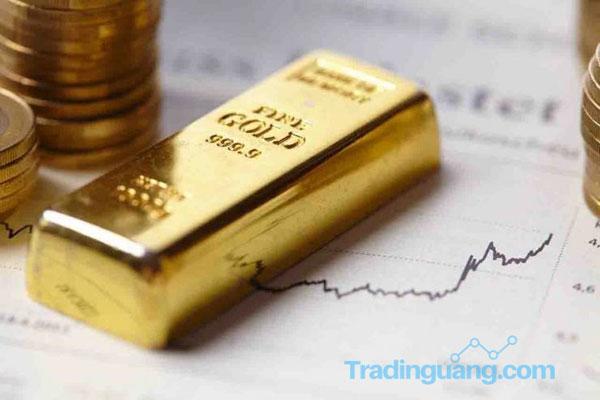 AS - China Makin Panas, Harga Emas Rekor Tertinggi 8 Tahun