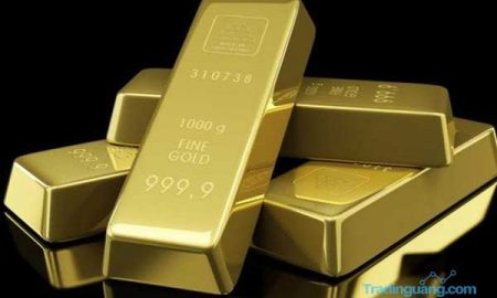 Harga Emas Kian Ambles, Benarkah Kilaunya Akan Terus Memudar?
