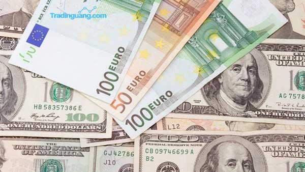 Corona Tak Hanya Munculkan Resesi, Tapi Juga Picu Currency War