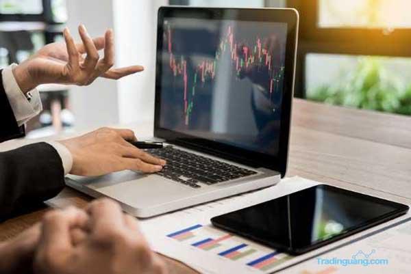 Mengenal Strategi Hedging Trading Forex