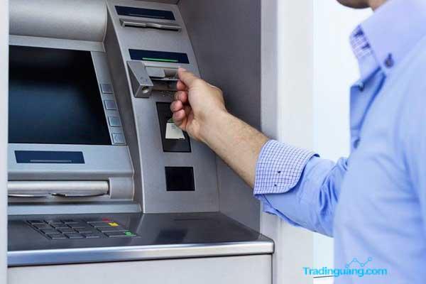 Penerapan Tarif Cek Saldo dan Tarik Tunai ATM Link Ditunda
